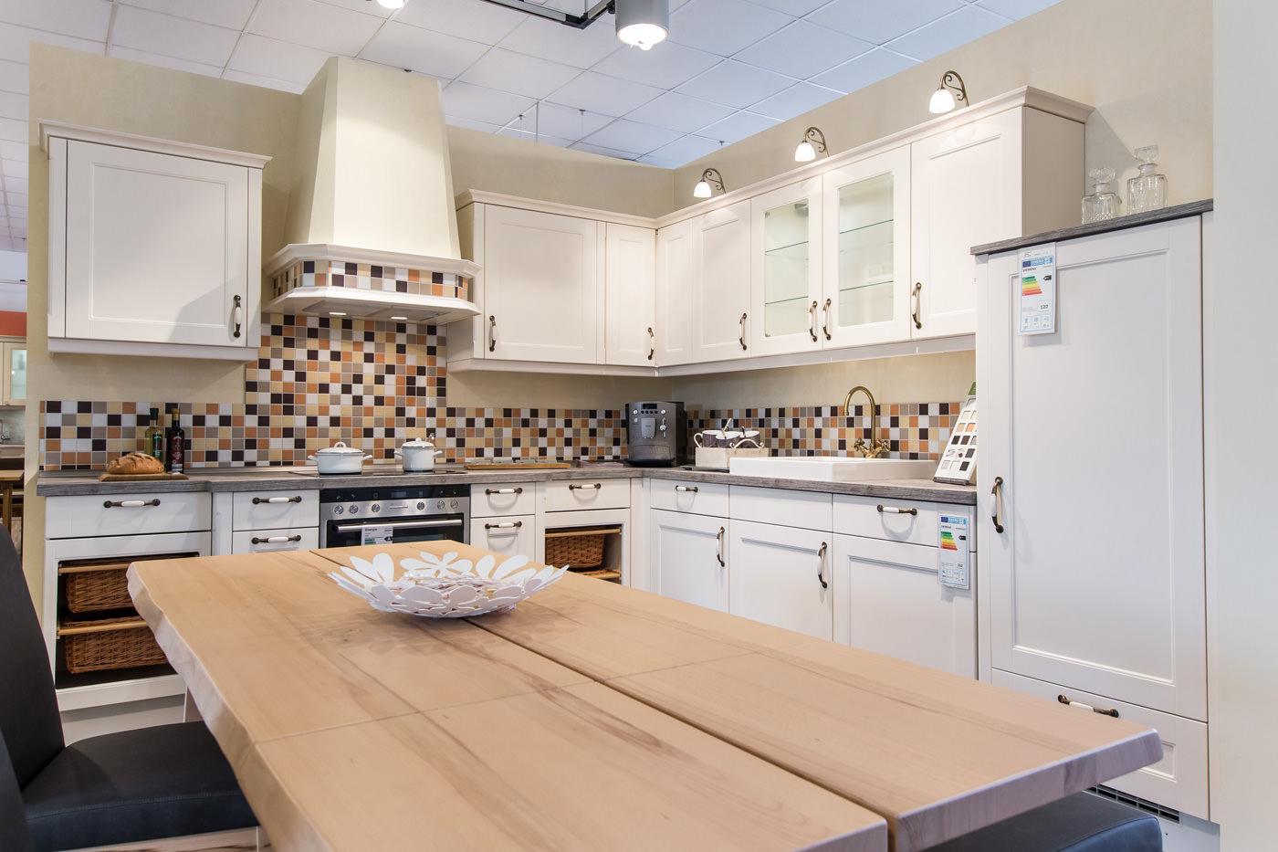 Alle Bilder Landhausküchen Moderne Küchen Ambiente